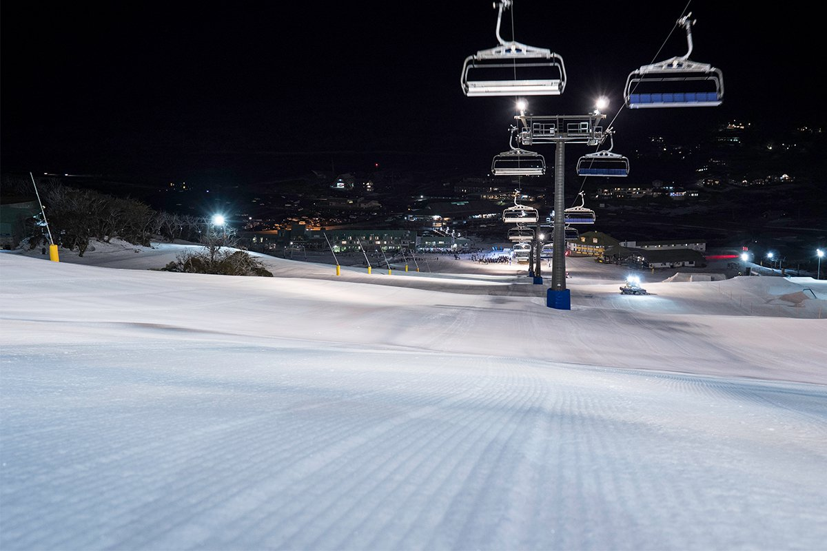 NightSkiingImage_3