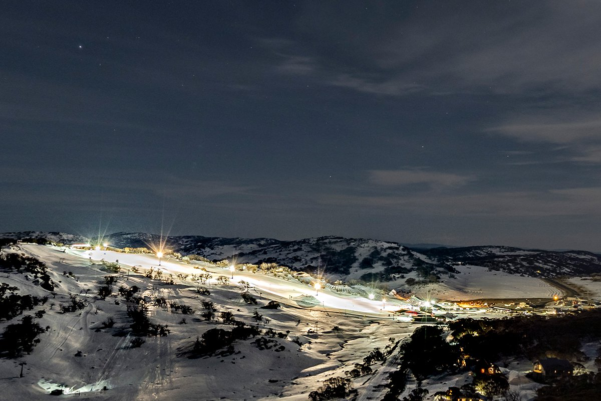 NightSkiingImage_4