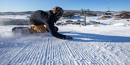 Perisher Winter Sports Club Snowboard
